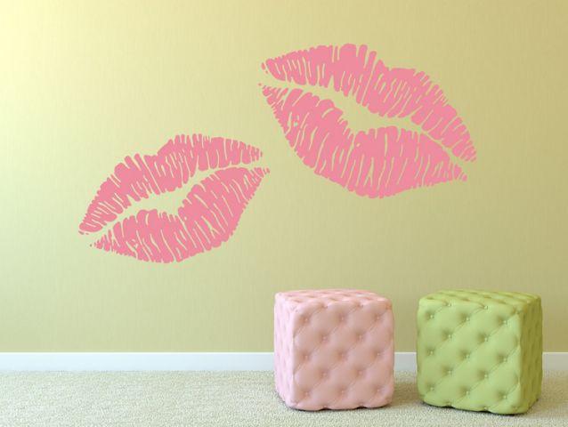 מדבקת קיר | נשיקות