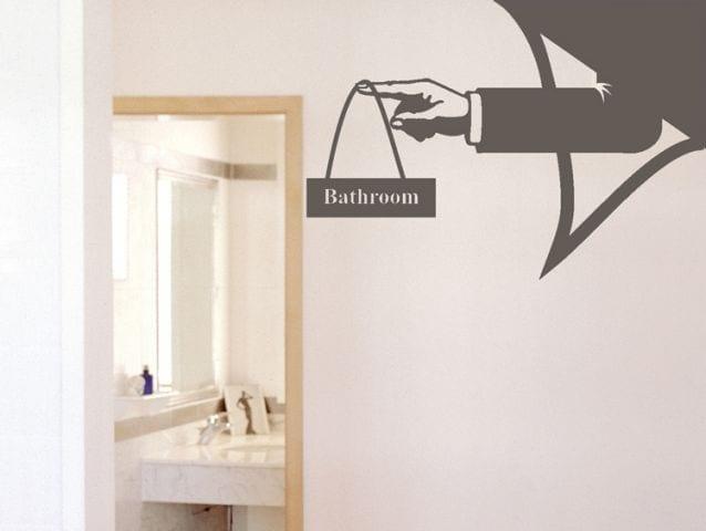 מדבקת קיר | שלט שירותים