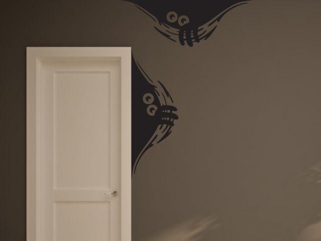 מדבקת קיר | מפלצות מציצות