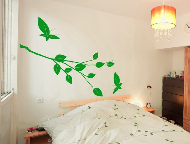 מדבקת קיר | ענף ופרפרים