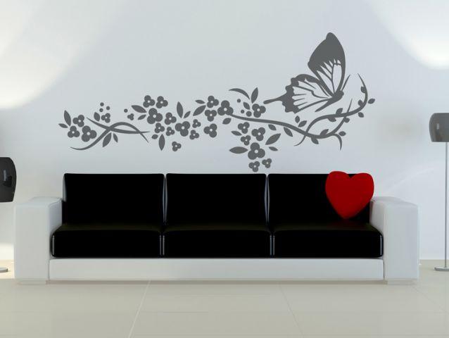 מדבקת קיר | פרפר בפריחה