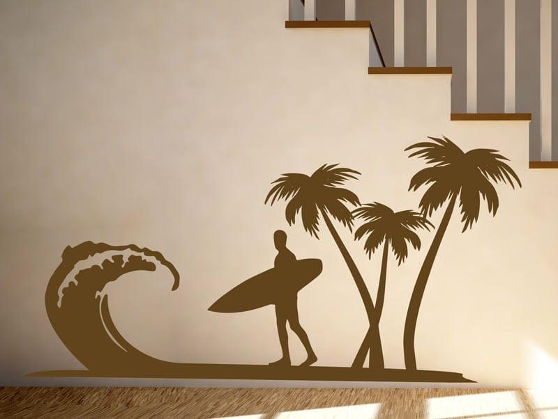 מדבקת קיר | גולש בחוף בים