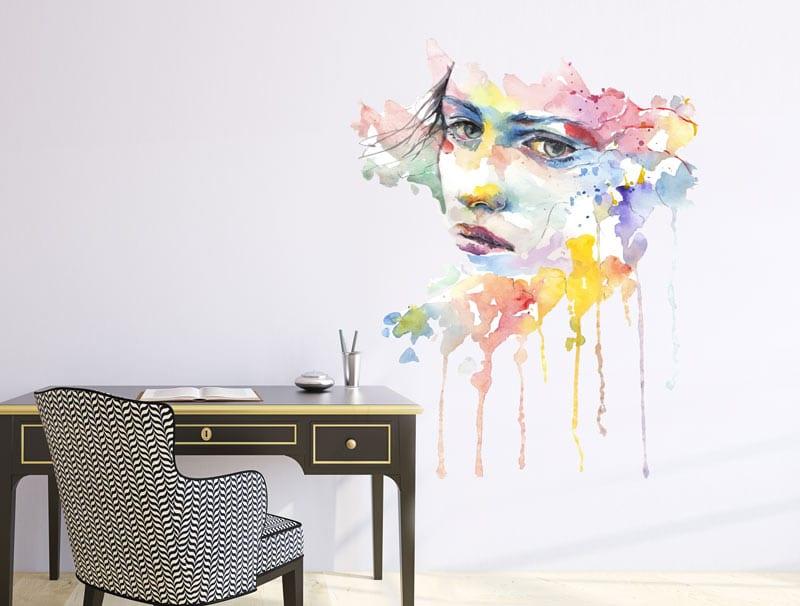 מדבקת קיר   אישה בצבעי מים