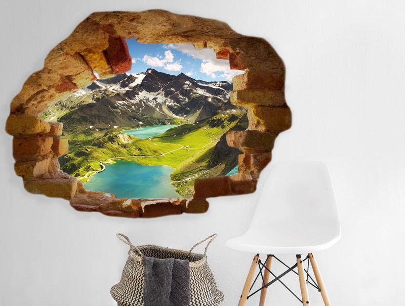 מדבקת של חור בקיר להרים עם אגם