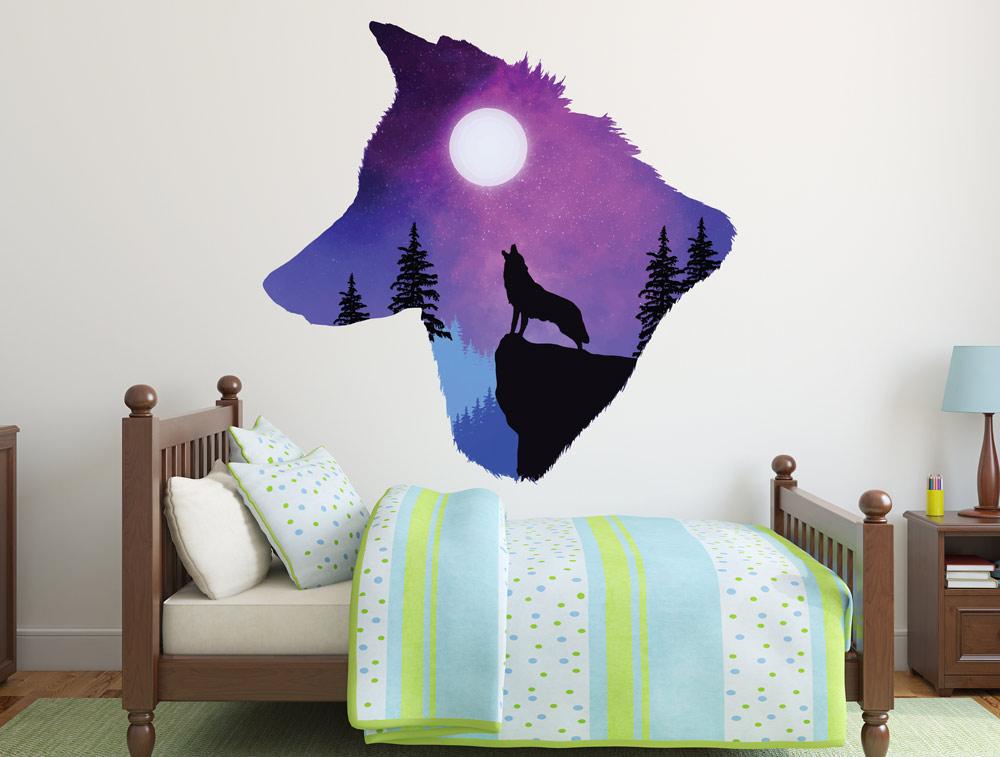 מדבקת קיר - זאב מיילל לירח